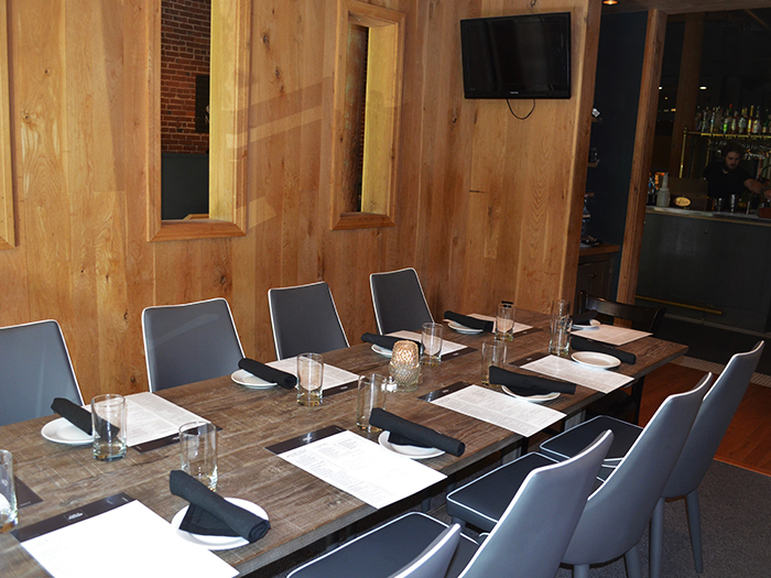 Hosting an intimate gathering and need an event space Chattanooga? The Oak Room at Public House is a great option.